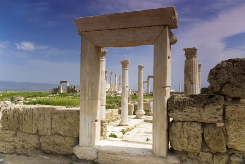 Laodicea on the Lycus: A Lukewarm Church